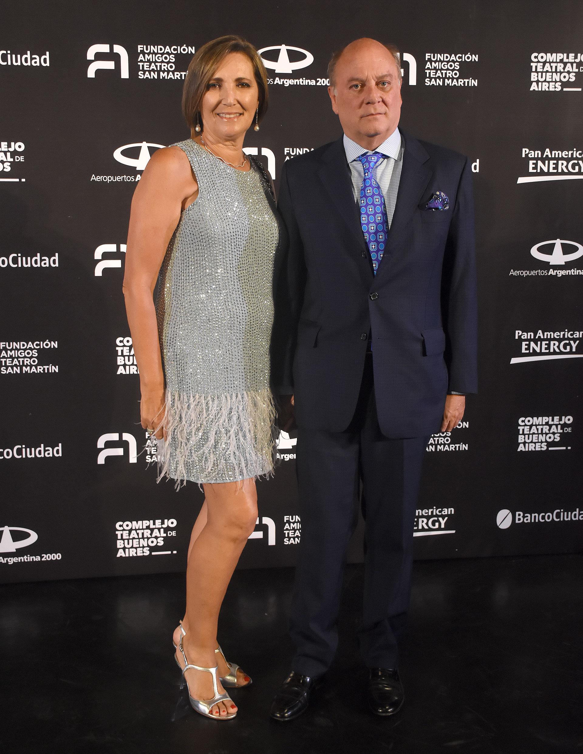Martín Cabrales, vicepresidente de la Fundación Amigos del Teatro San Martín, y su pareja Dora Sánchez