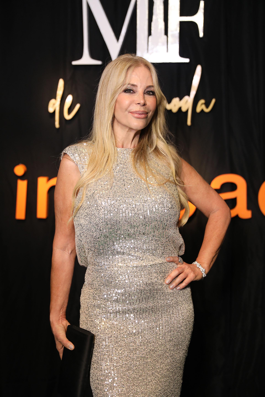 Graciela Alfano lució un vestido de paillets de Laurencio Adot. Dijo que su secreto para estar cada vez mejor no es dieta, ni sexo, ni hombres.