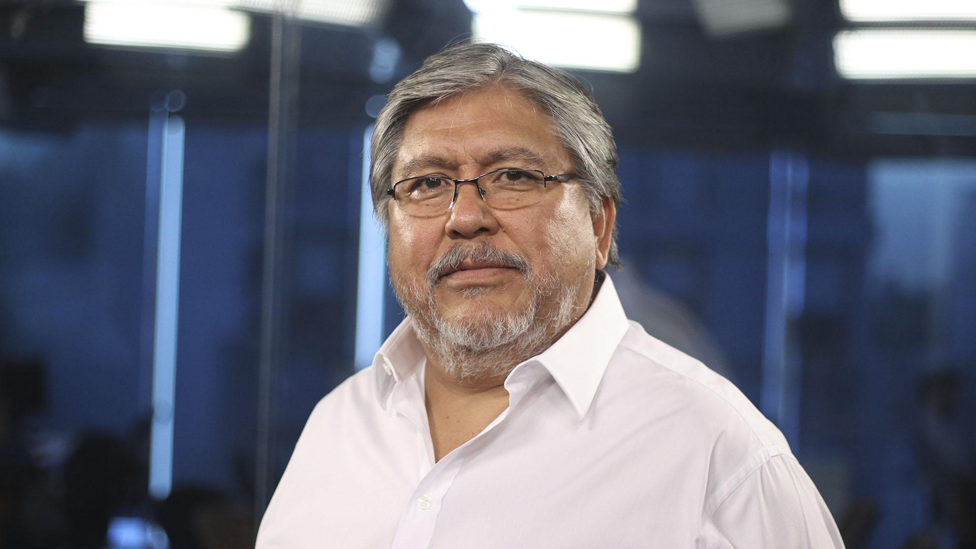 """Fernando """"Chino"""" Navarro: """"Para reconstruir la economía ..."""