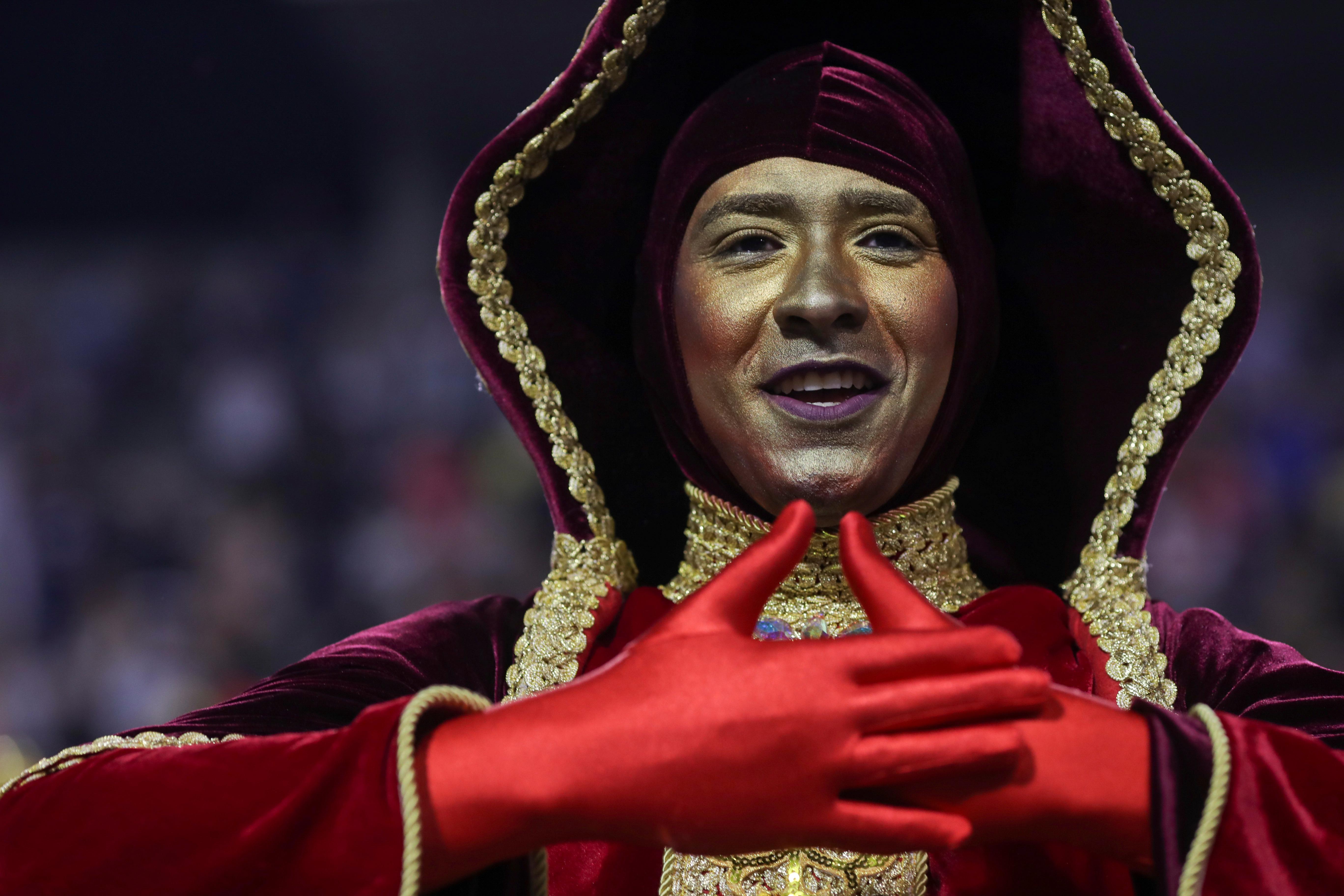 Miles de personas llegaron a ver el inicio del carnaval en San Pablo (REUTERS/Amanda Perobelli)