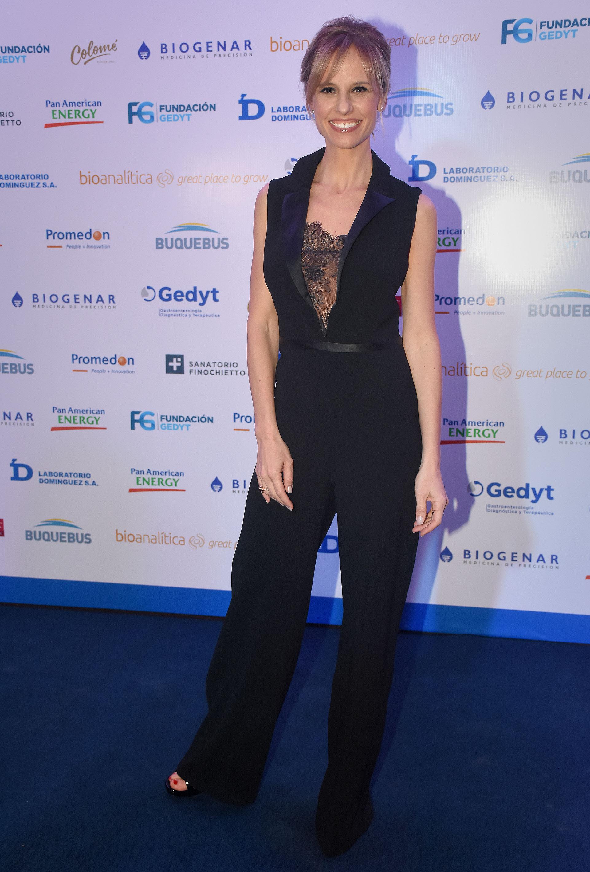 Mariana Fabbiani. En una noche teñida de azul, color que identifica al cáncer de colon, la Fundación GEDYT presentó su gala para concientizar sobre la enfermedad, la importancia de su prevención y la detección temprana