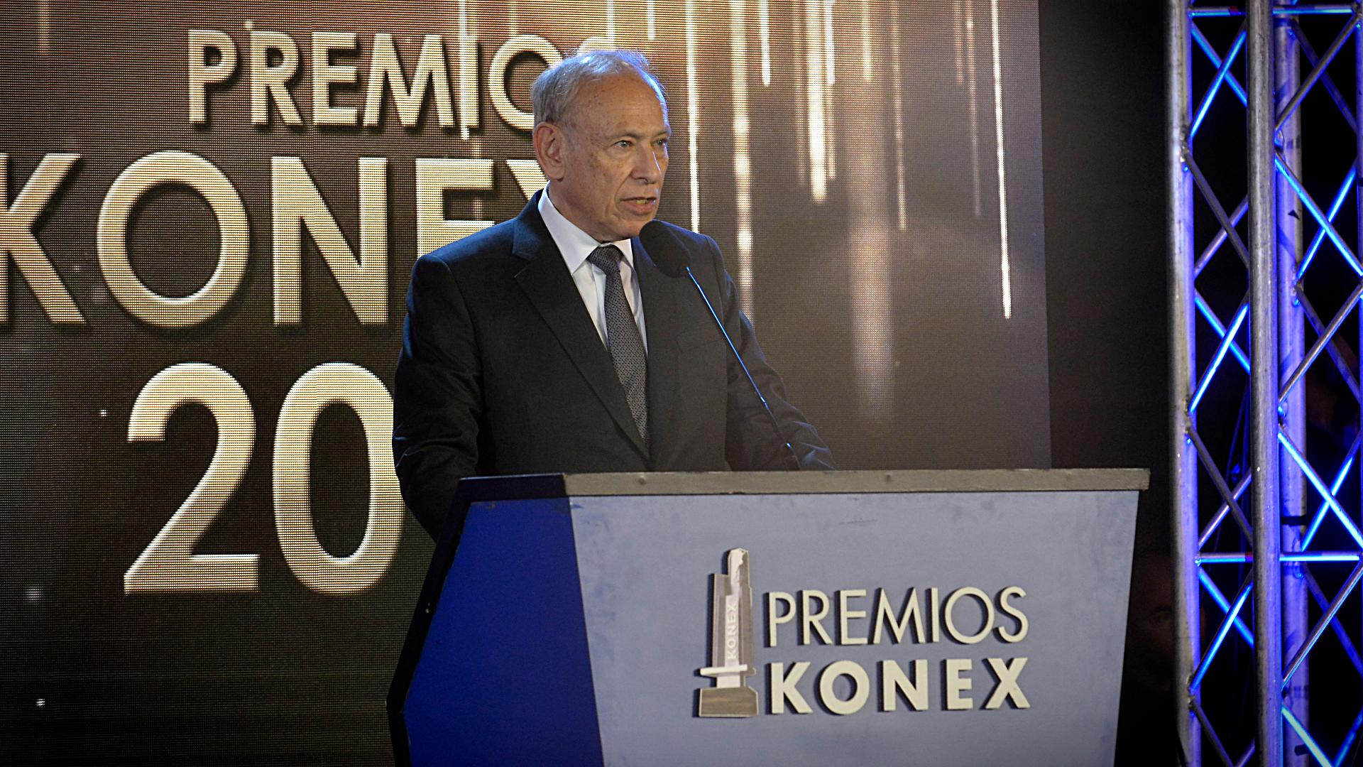 """El presidente de la fundación Konex, Luis Ovsejevich, abrió la ceremonia con un discurso de agradecimiento: """"El aporte a la creación y difusión de la música clásica, de los cuales sentimos orgullo, constituyen una importante contribución al patrimonio cultural del país"""""""