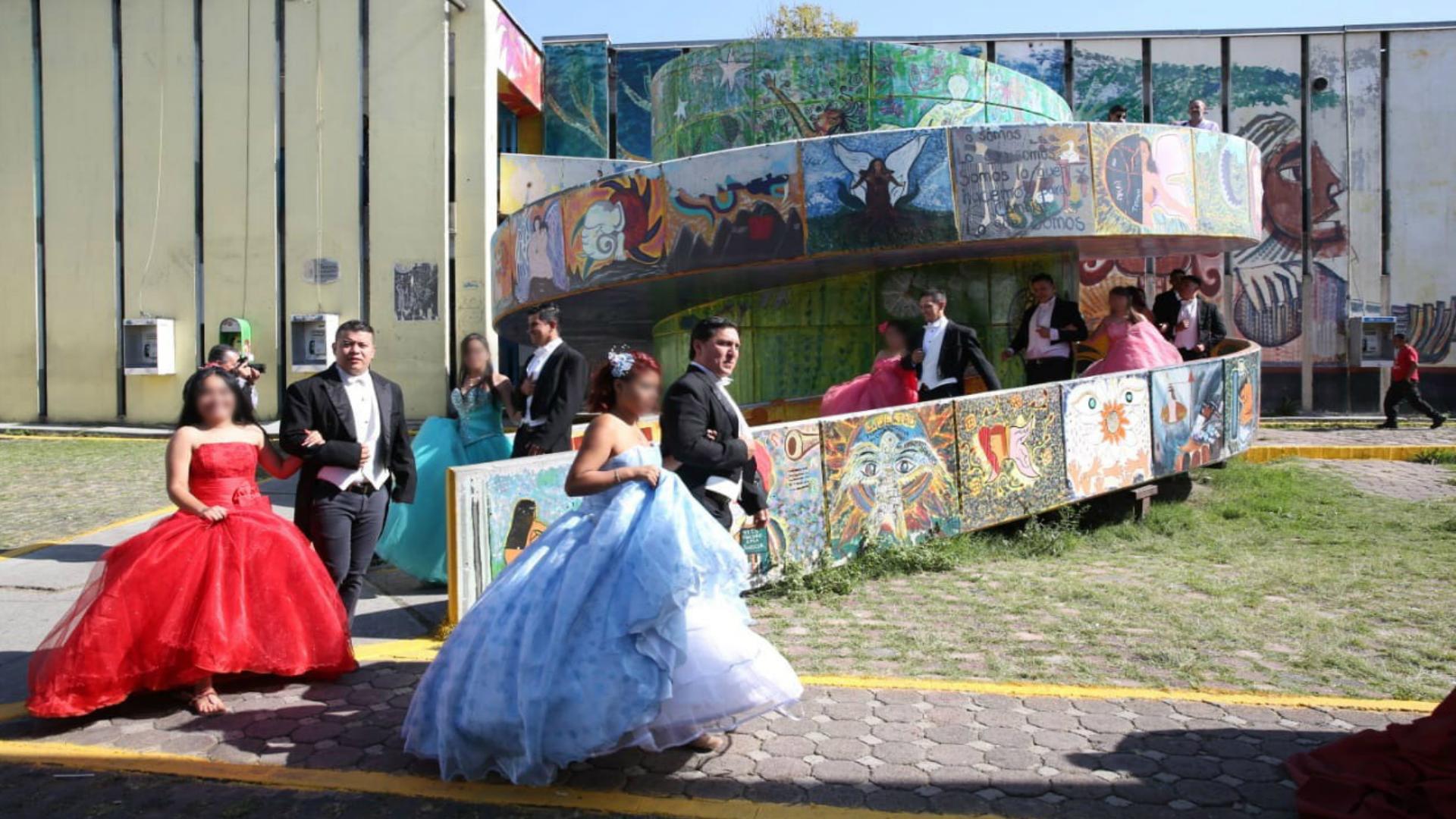 Al llegar al Centro Femenil de Reinserción Social de Santa Martha Acatitla, fueron recibidas por sus madres (Foto: especial)