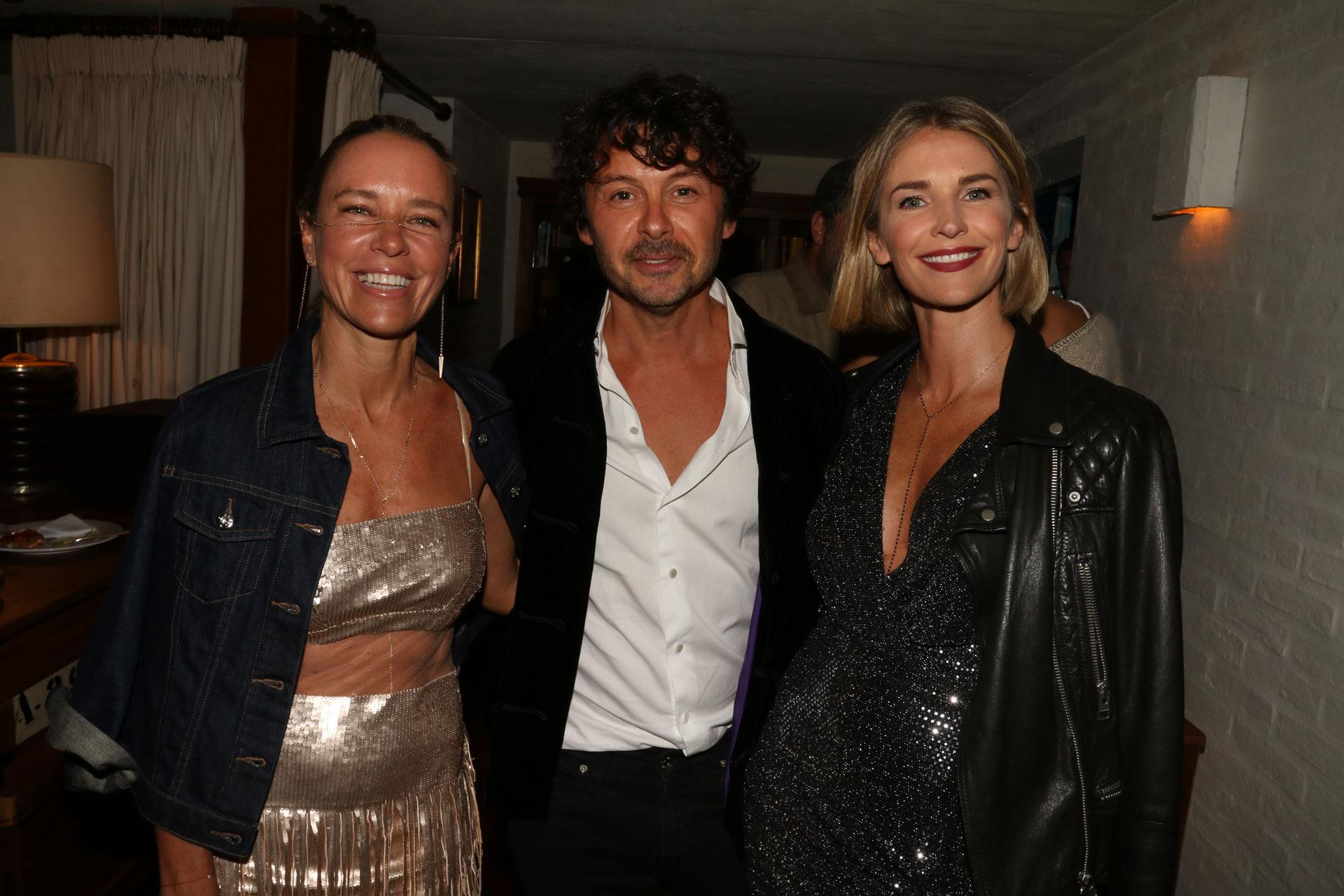 Josie Bridge, Wally Diamante y Julieta Spina