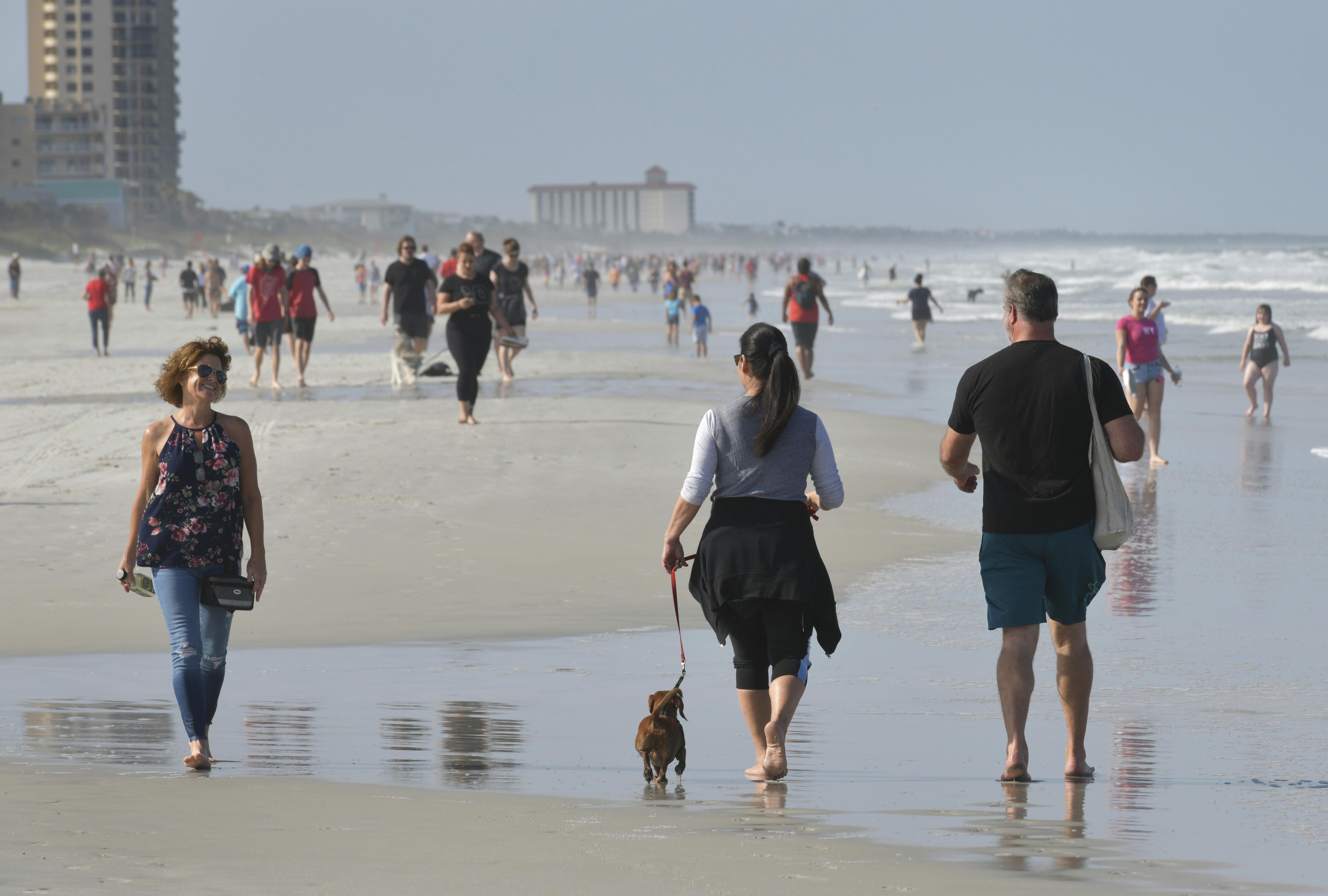 Jacksonville Beach fue una de las primeras en reabrir