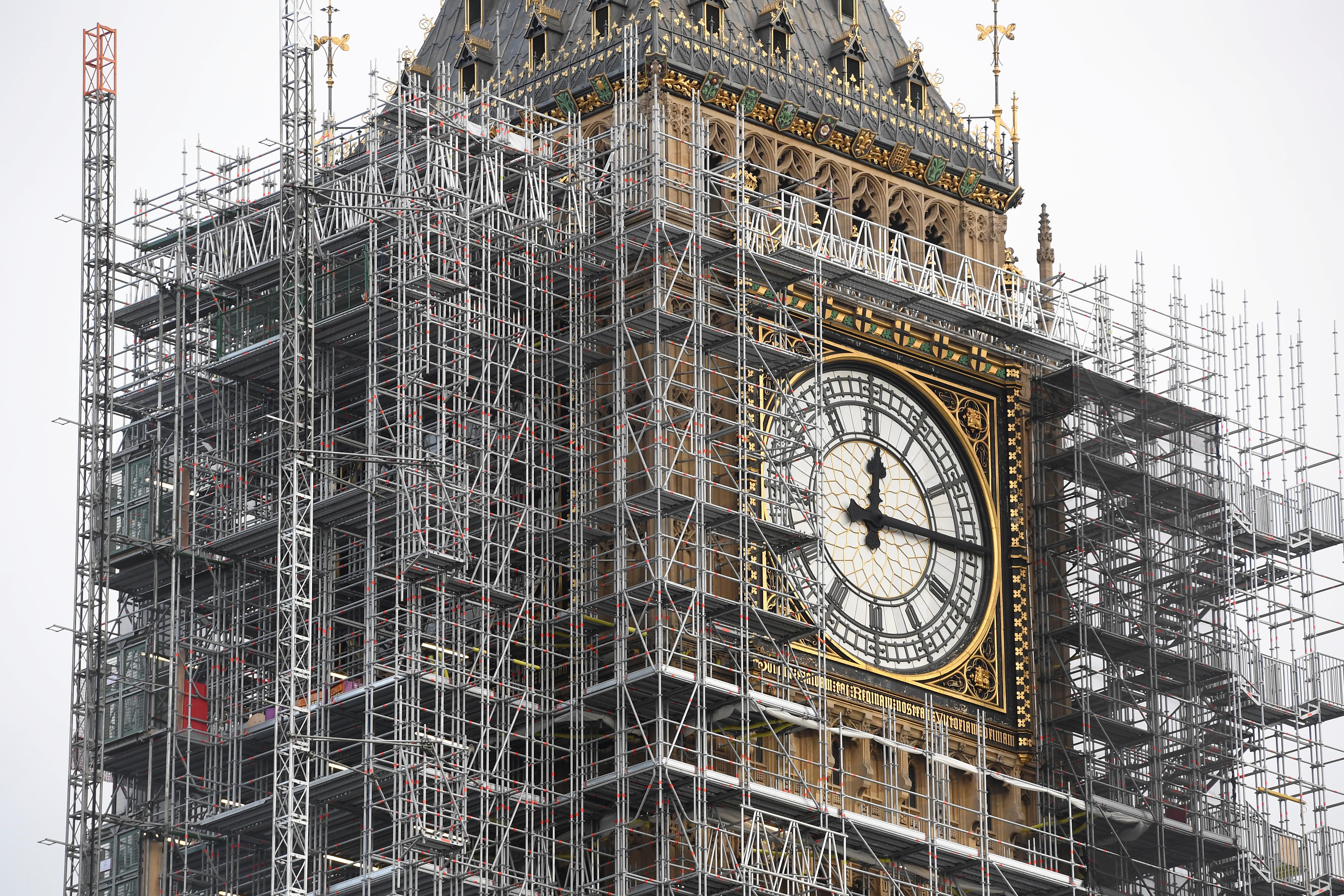 Se Complica La Restauración Del Big Ben Por Los Daños Causados Por Una Bomba De La Ii Guerra Mundial Y El Asbesto Infobae