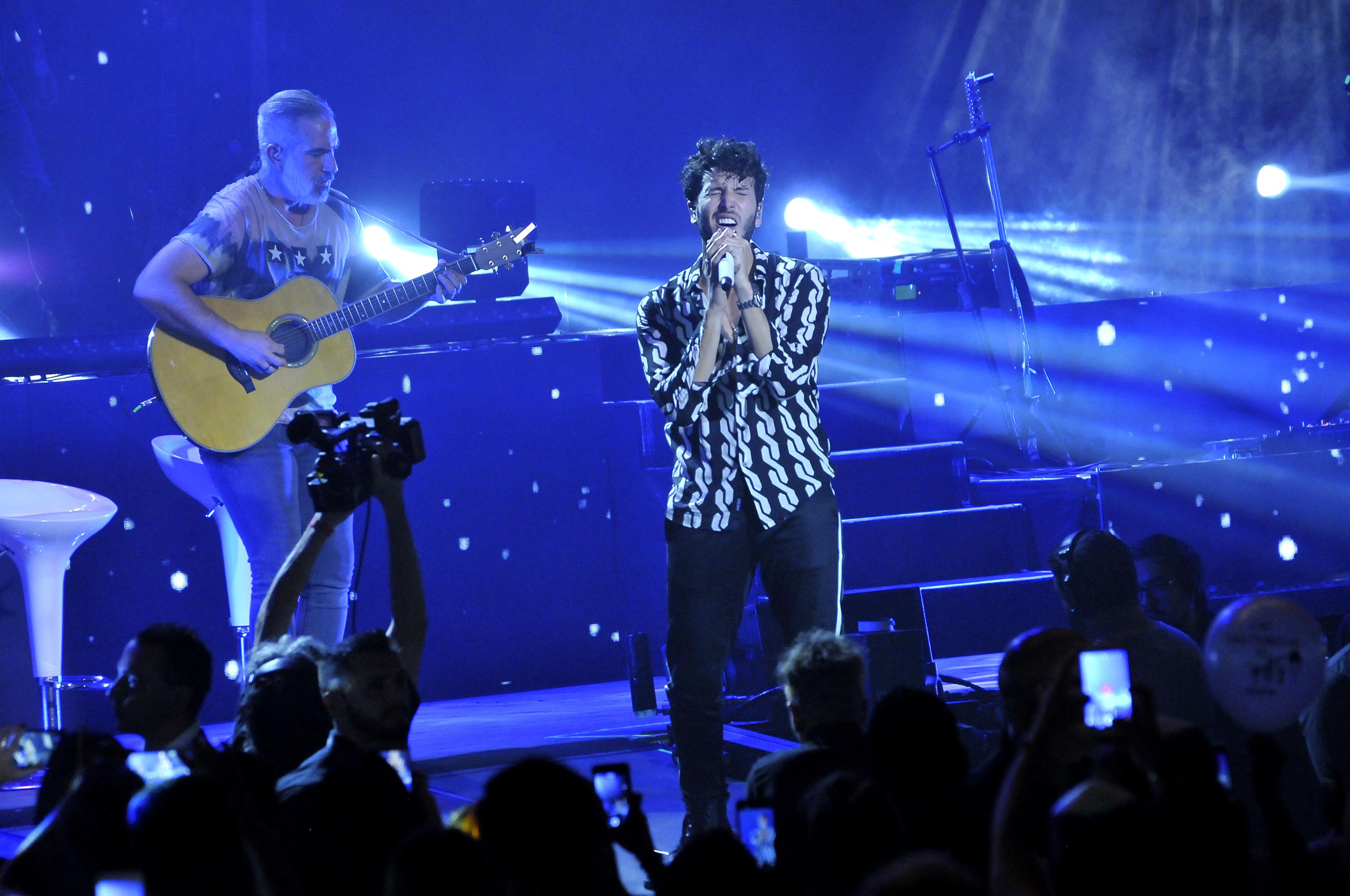 El cantante colombiano brindó un show en el estadio Luna Park