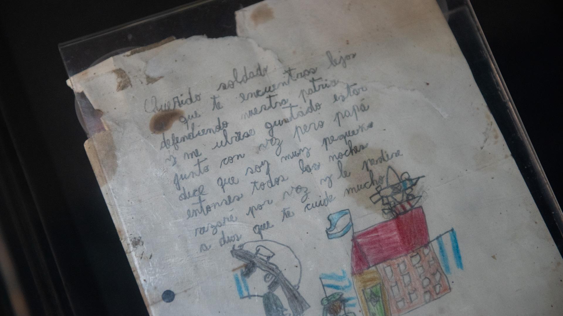 Carta enviada por un niño a un soldado argentino que se encontraba destacado en el frente de combate