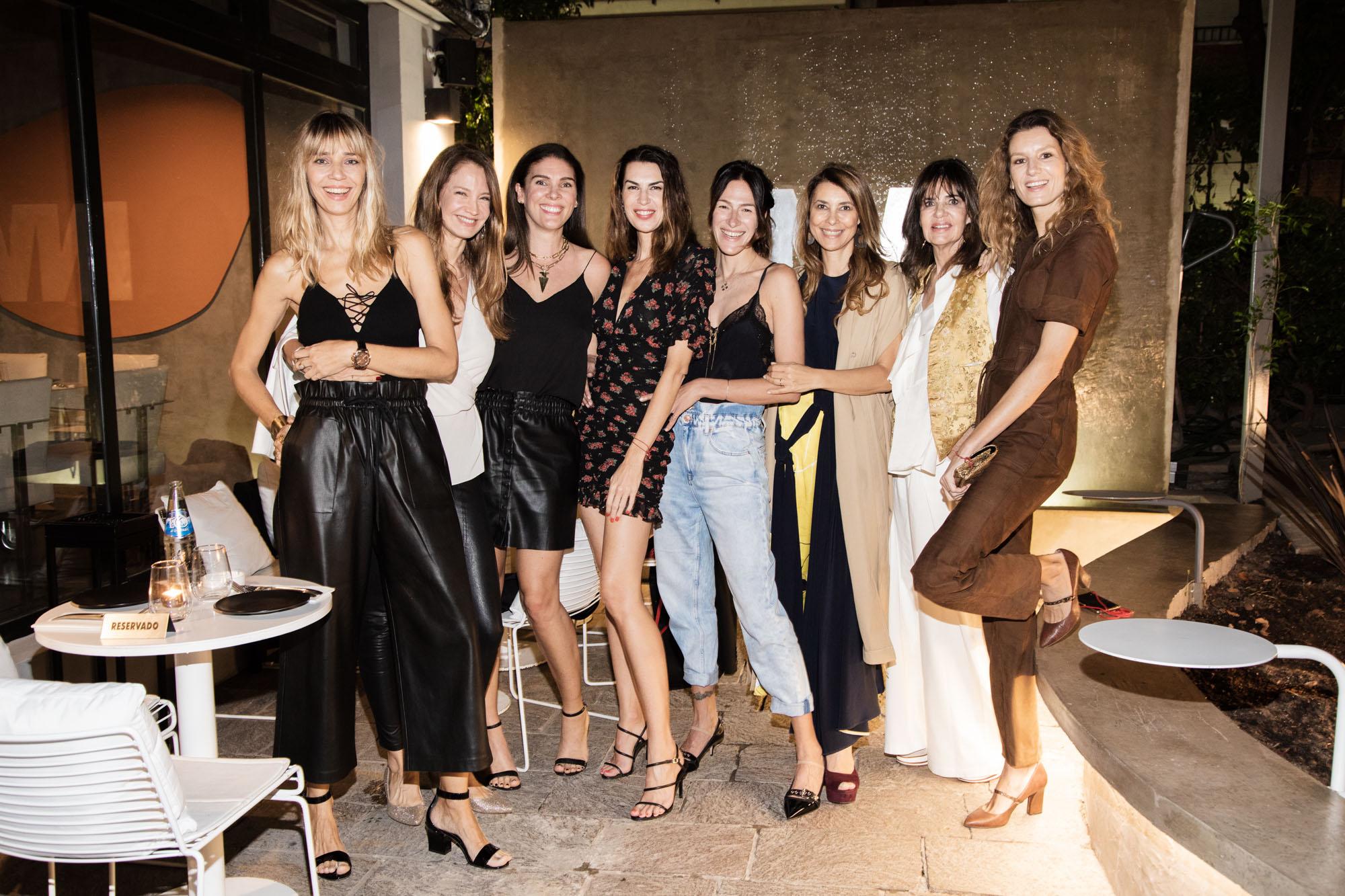 Lorena Ceriscioli, Roxana Zarecki, Solange Cubillo, Dolores Trull, Adriana Batan de Rocca, Isabel Aninat y Catalina Swinburn