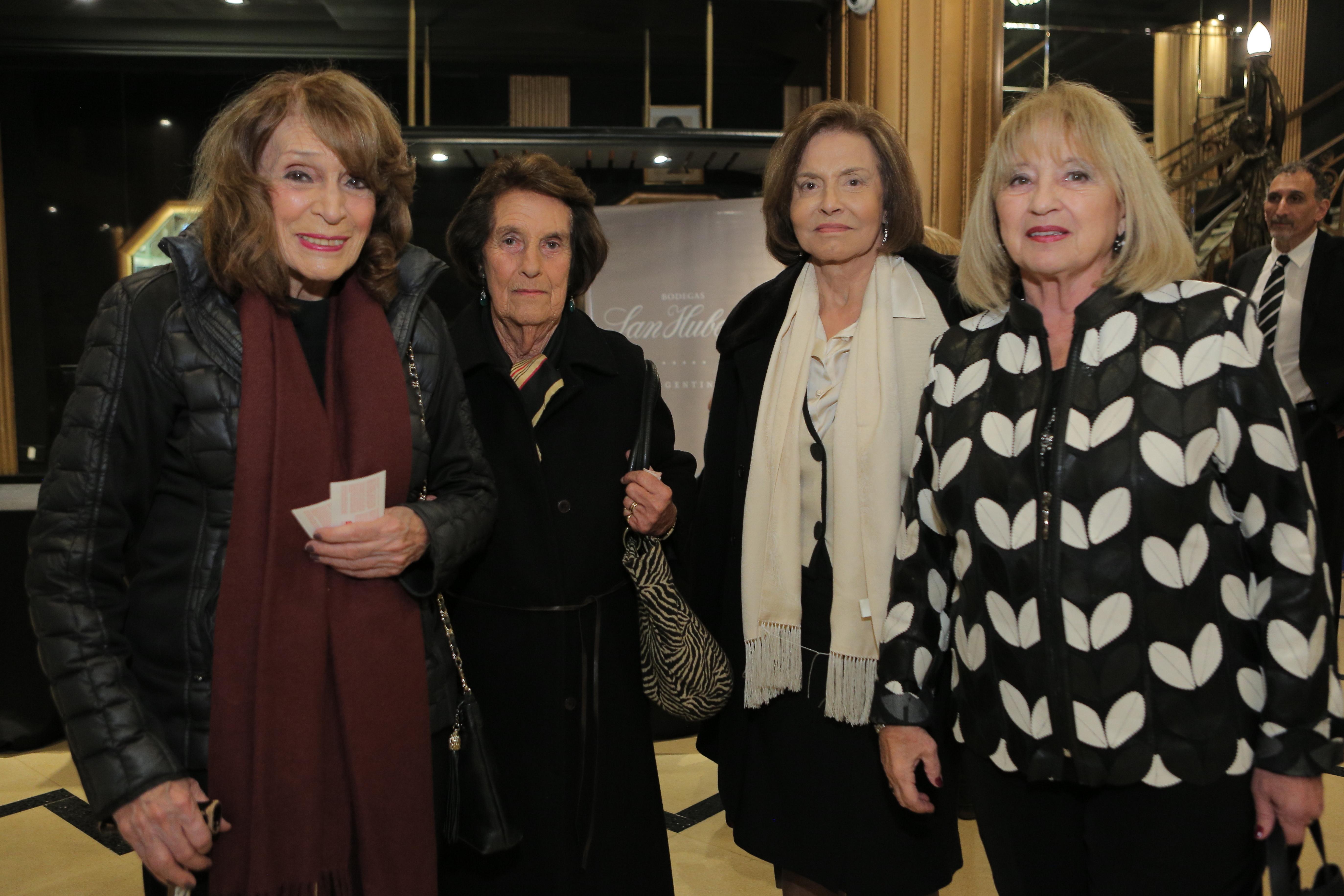 Magdalena Ruiz Guiñazú, Elena Fernández Moore, Marta Cortizo de Ricci y Rosa Pombo