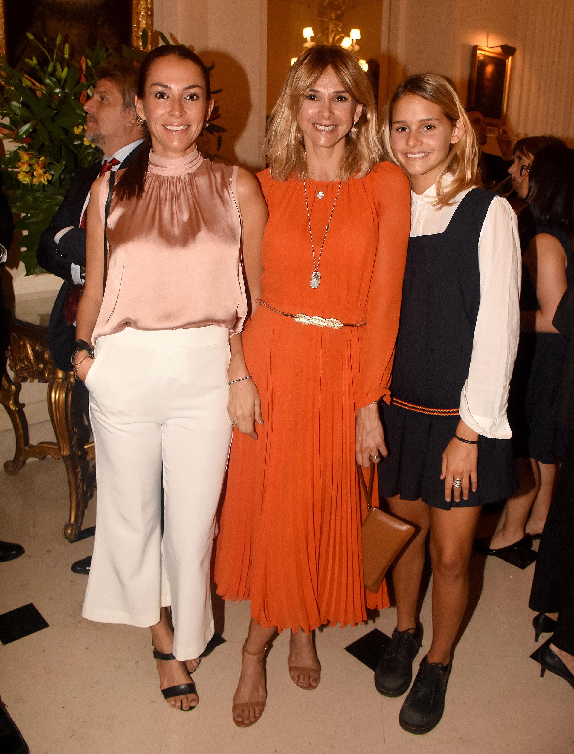 Anita Petracchi junto a Vicky Fariña y su hija Azul