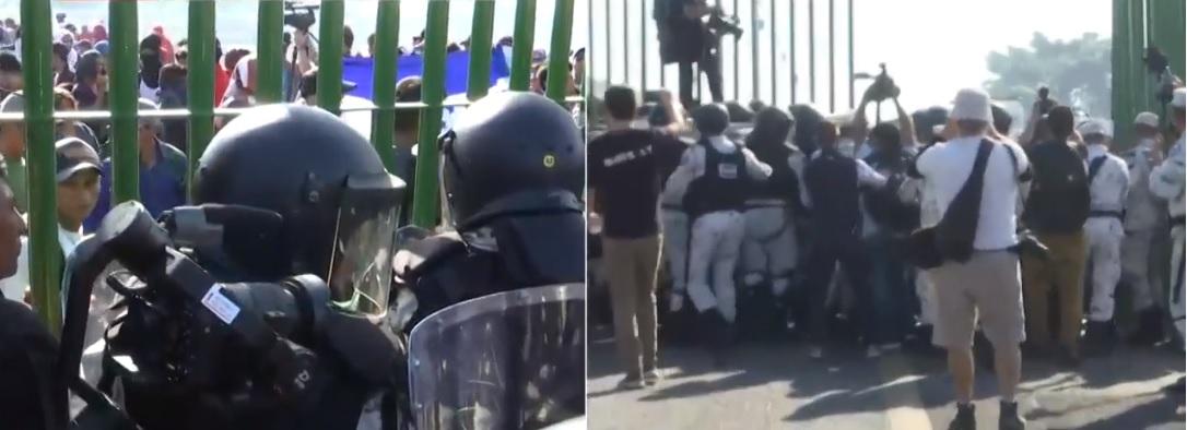 Las cientos de personas intentaron ingresar fueron rápidamente contenidos por el equipo anti motines de la Guardia Nacional Foto: (Captura de pantalla Noticieros Televisa)