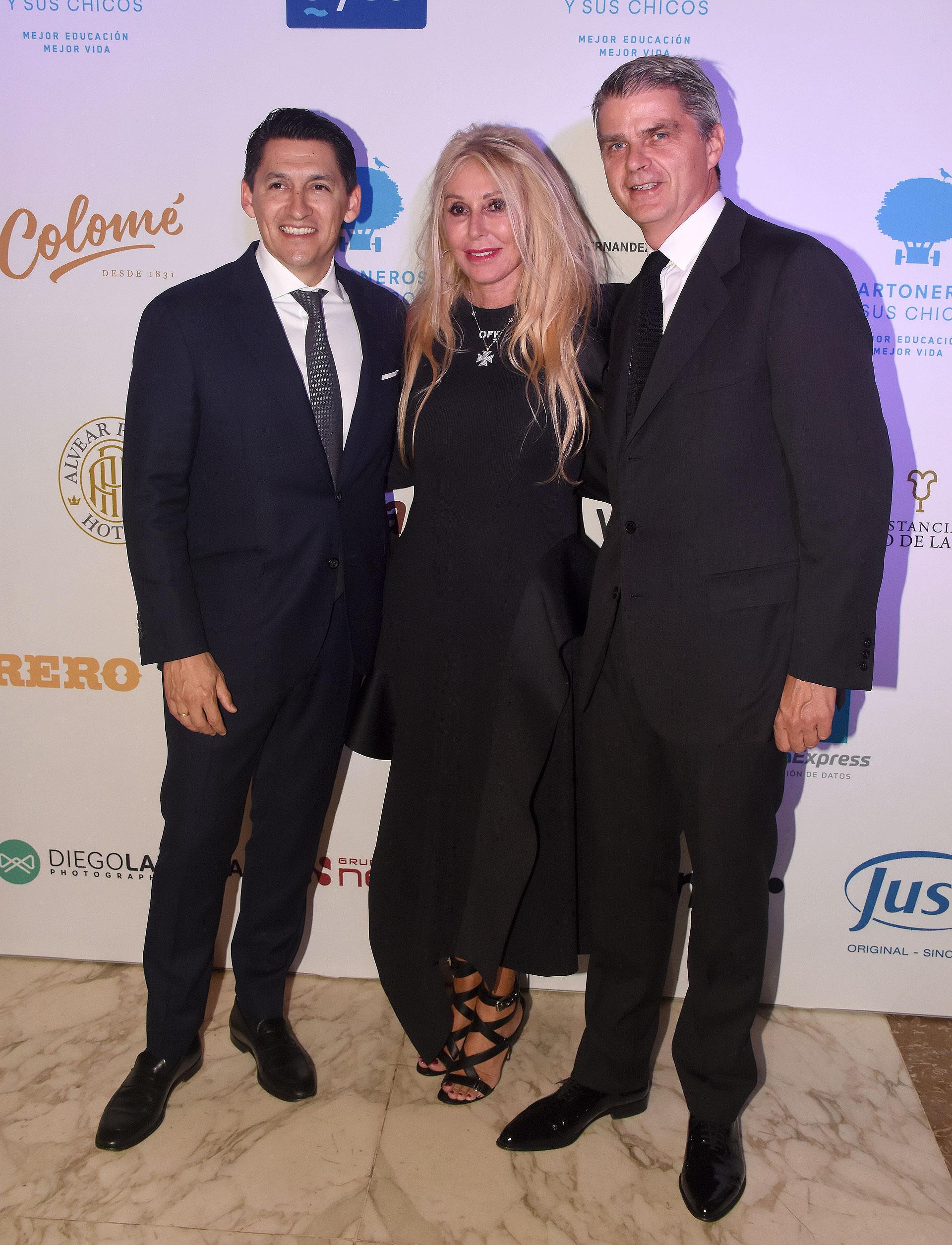 Lucas Hernández, Renata Jacobs y Hervé Pollet, integrantes del Consejo de Administración de la Fundación