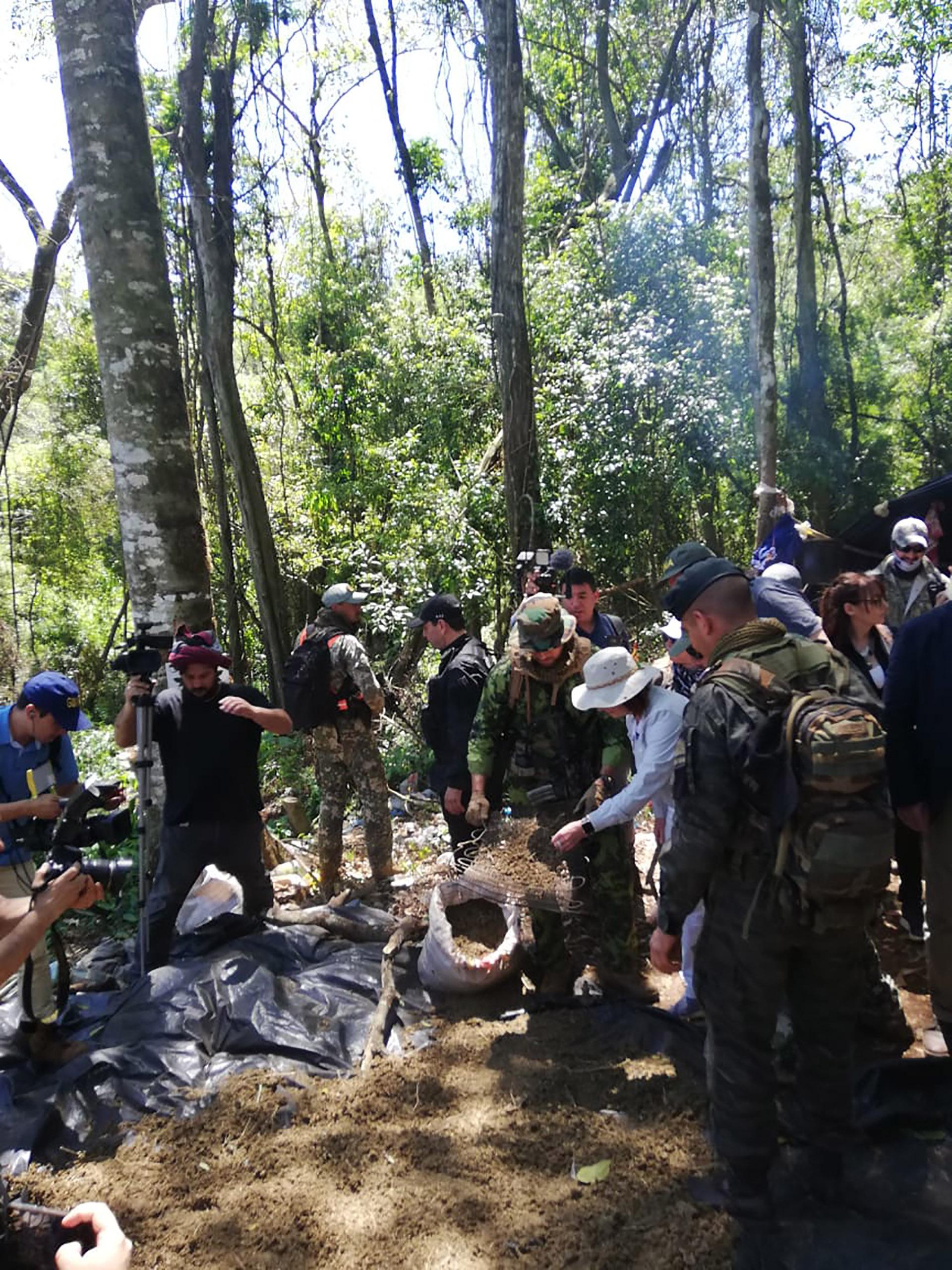 La Agencia Federal de Inteligencia (AFI) y la Secretaría Nacional Antidrogas (SENAD) de Paraguay iniciaron el 20 de septiembre un trabajo secreto en los departamentos de Itapúa y Caazapá, en Paraguay, que les permitió descubrir amplias zonas de producción de marihuana destinada al narcotráfico internacional.
