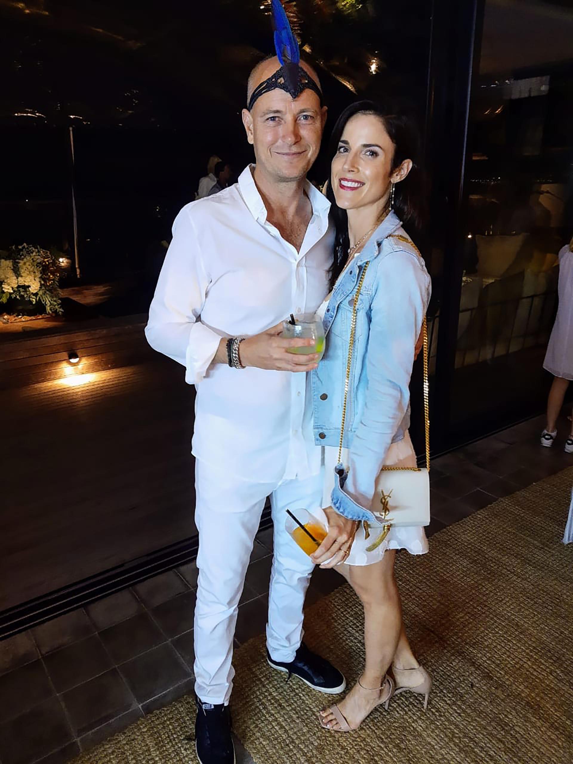 Justin Portman y su mujer en la fiesta de Fasano