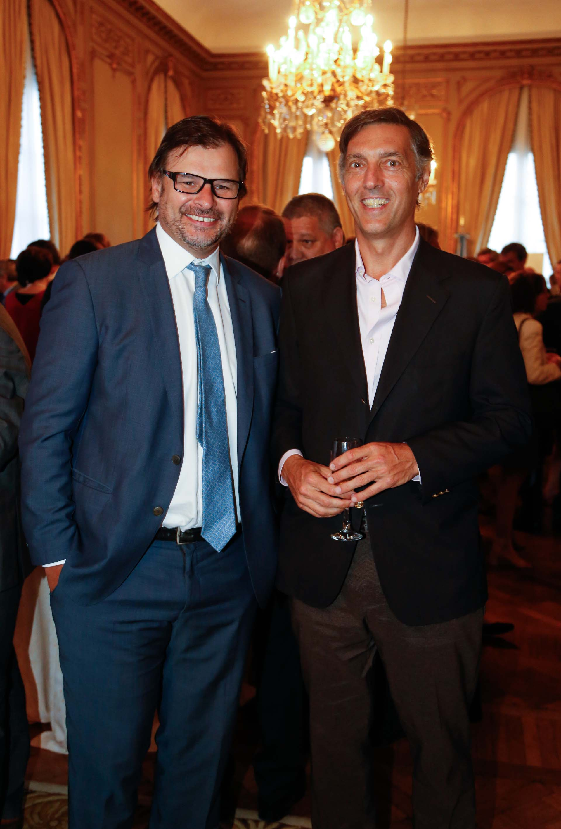 Gaston Remy, CEO de Vista Oil & Gas, junto a Facundo Gómez Minujín, presidente de JP Morgan Argentina