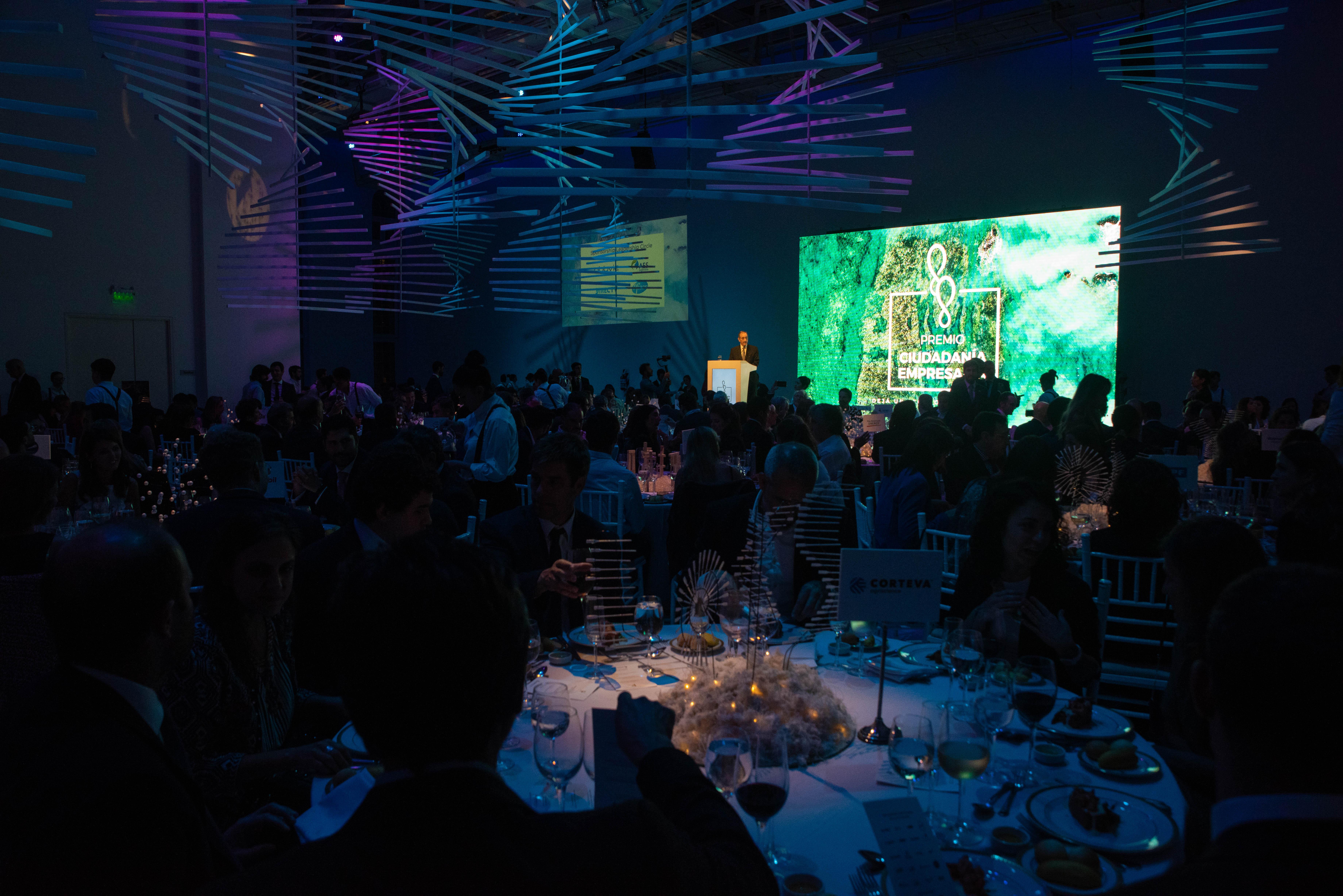 AmCham Argentina - la Cámara de Comercio de Estados Unidos en Argentina - es una organización no gubernamental, independiente y sin fines de lucro, que desde hace 100 años trabaja promocionando el comercio bilateral y la inversión entre los Estados Unidos y la Argentina. AmCham promueve un ambiente de negocios ético y transparente, que contribuya a los objetivos de sus socios y al desarrollo económico e institucional de la Argentina