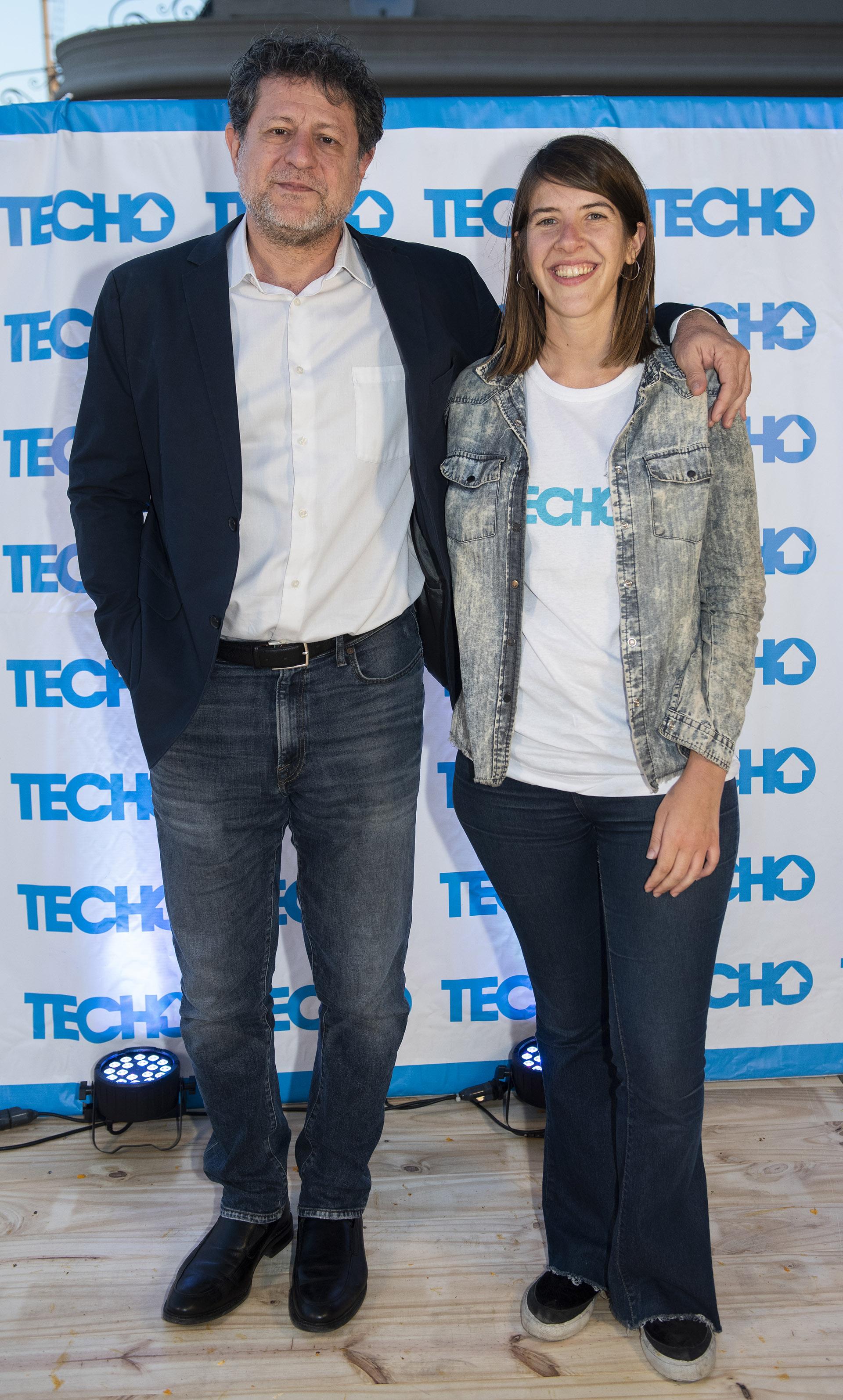Eduardo Levy Yeyati y Paula Piccolo, directora general de TECHO Rosario