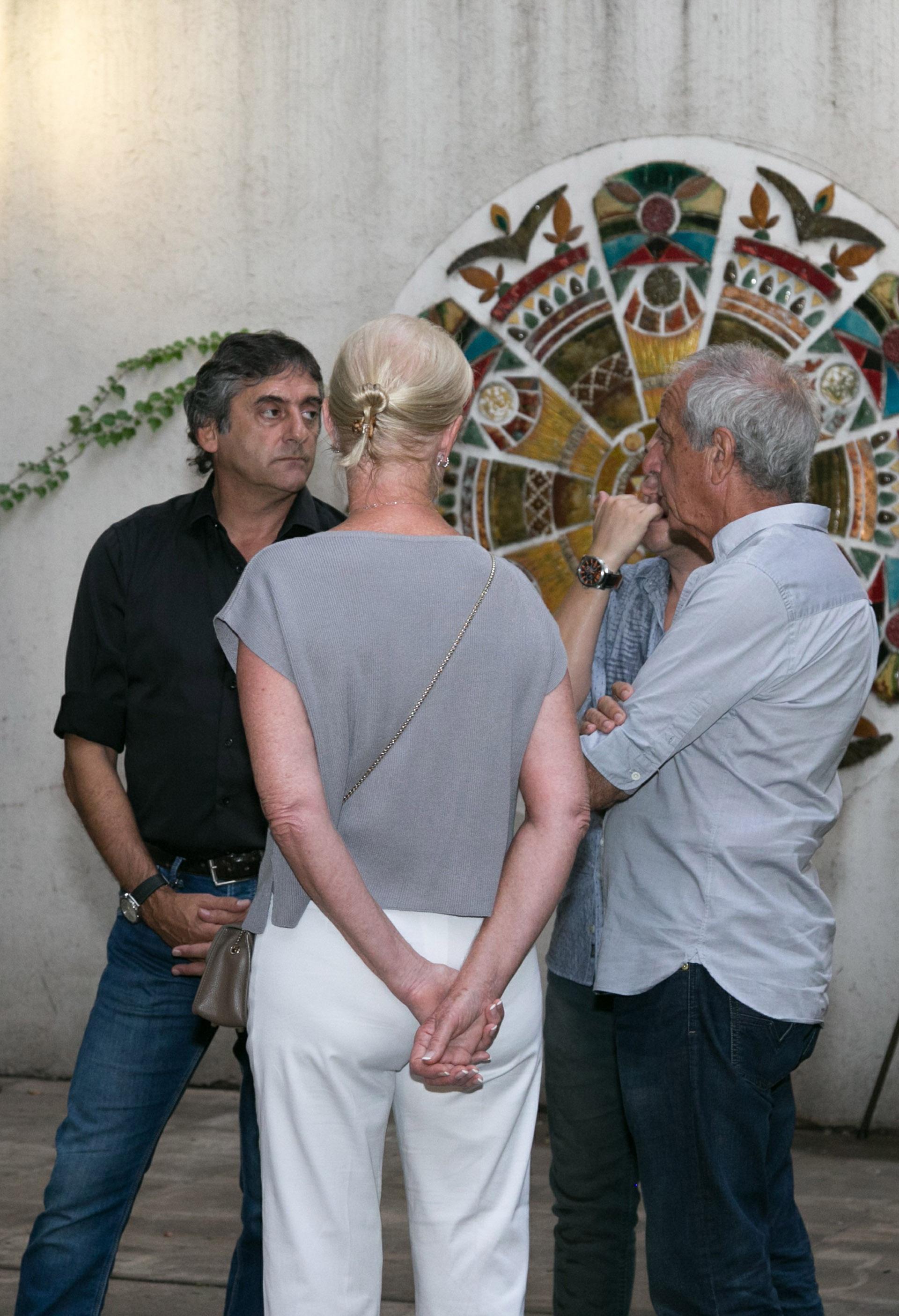 Enzo Francescoli junto a Rodolfo y Patricia D´Onofrio