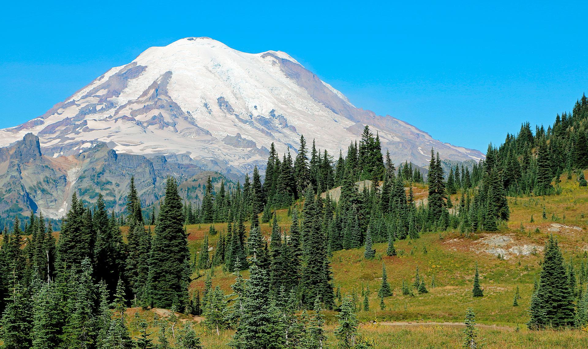 Tiene una impresionante altura de 4392 metros. La última vez que entró en erupción fue en 1894