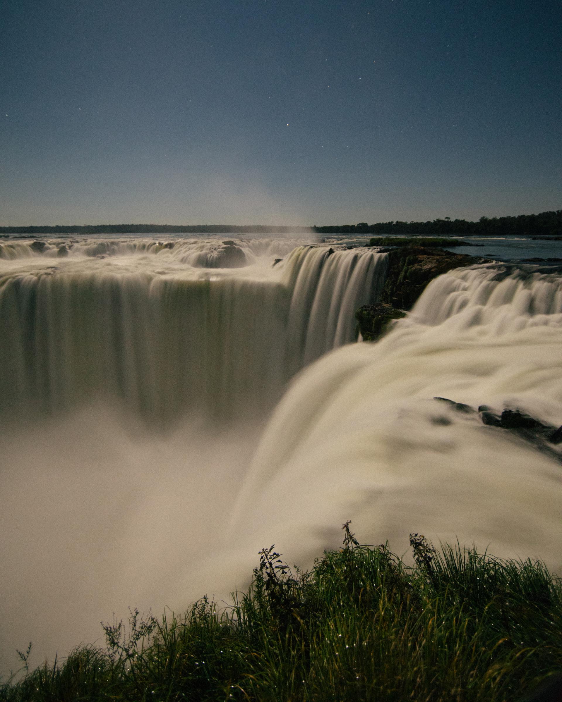 las Cataratas del Iguazú son una de las nuevas maravillas naturales del mundo (Morgan Phillips)