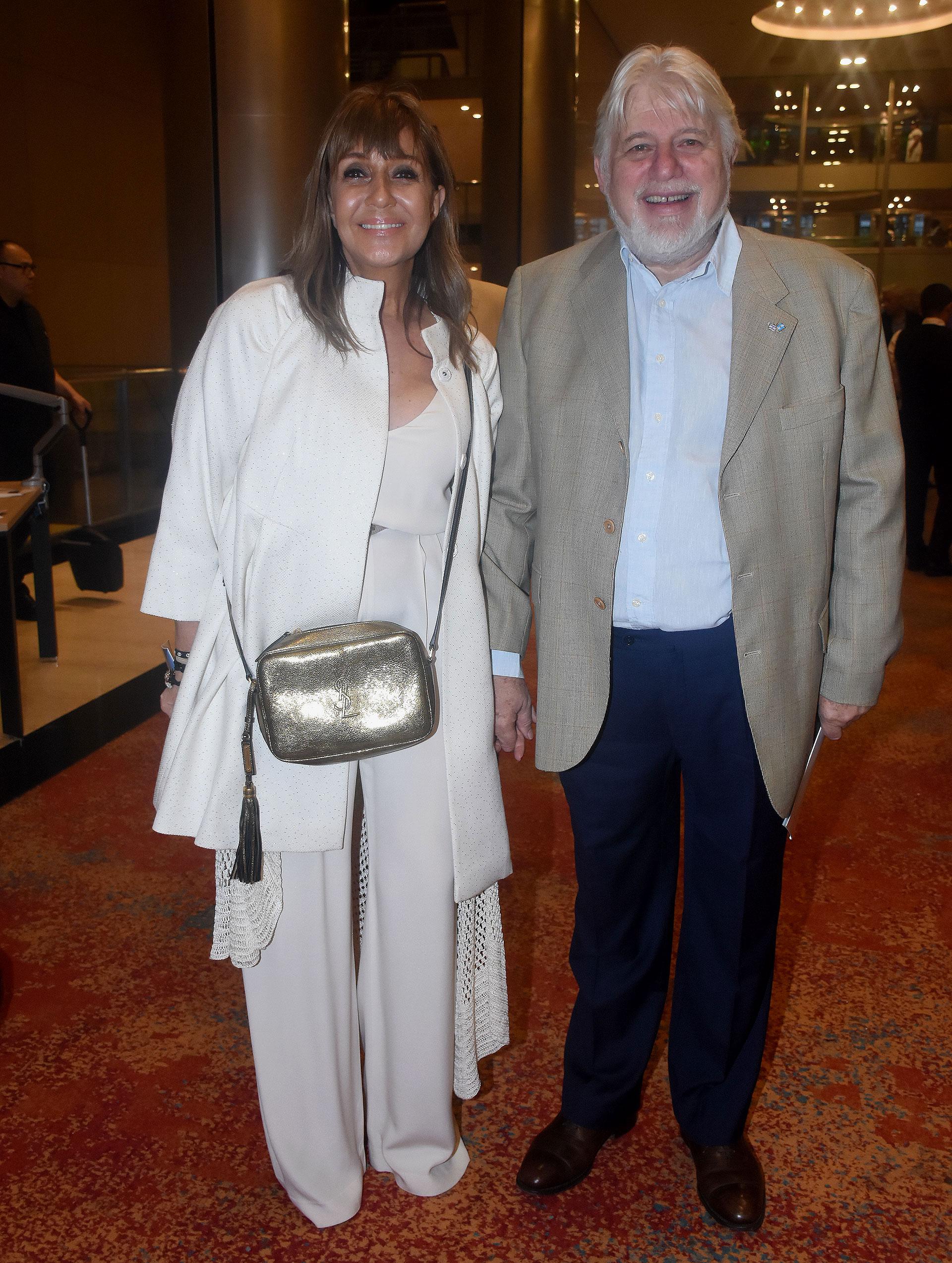 La empresaria y abogada Fabiana Ricagno, y el empresario Adrián Werthein, presidente del Congreso Judío Latinoamericano