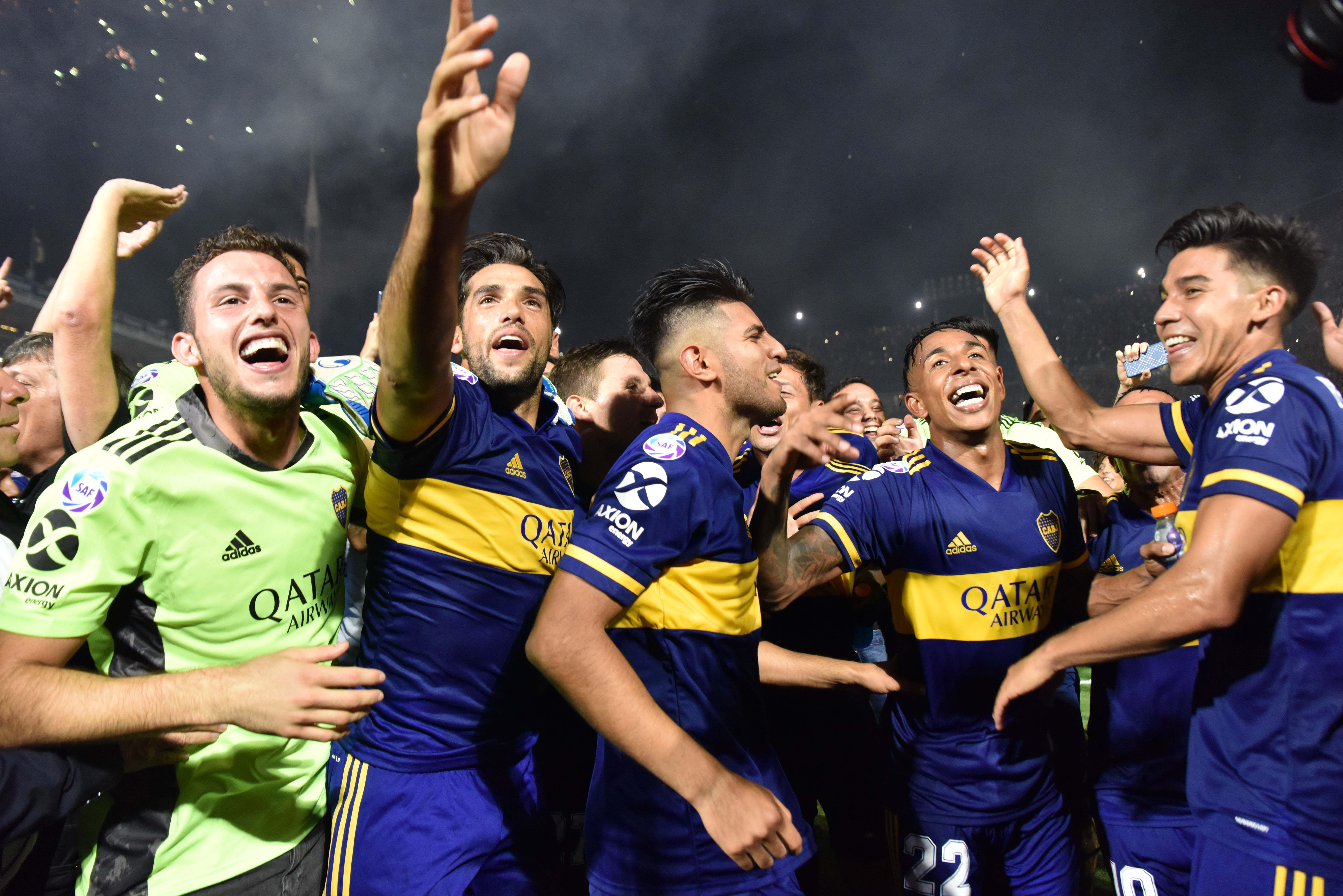 La fiesta de los jugadores de Boca (Foto: Franco Fafasuli)