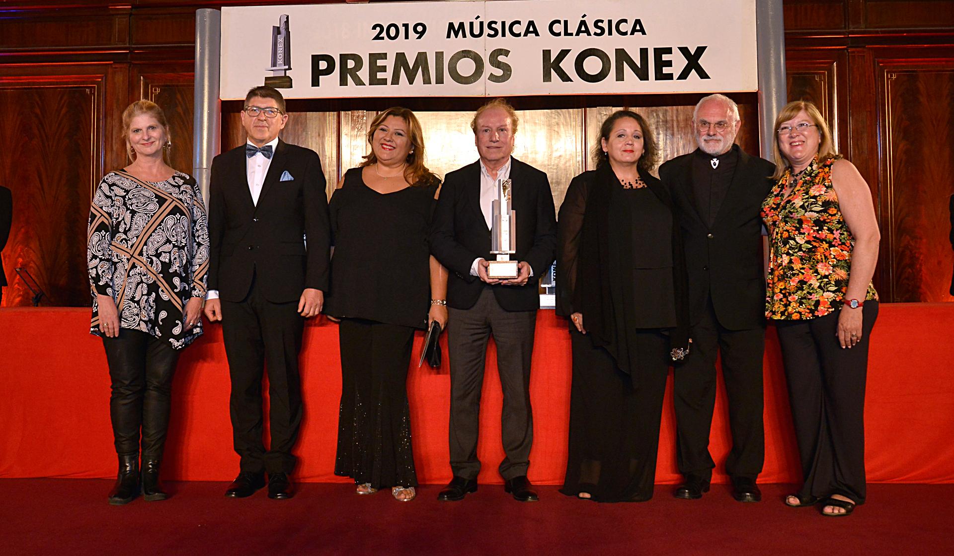 El coro estable del Teatro Colón también fue premiado