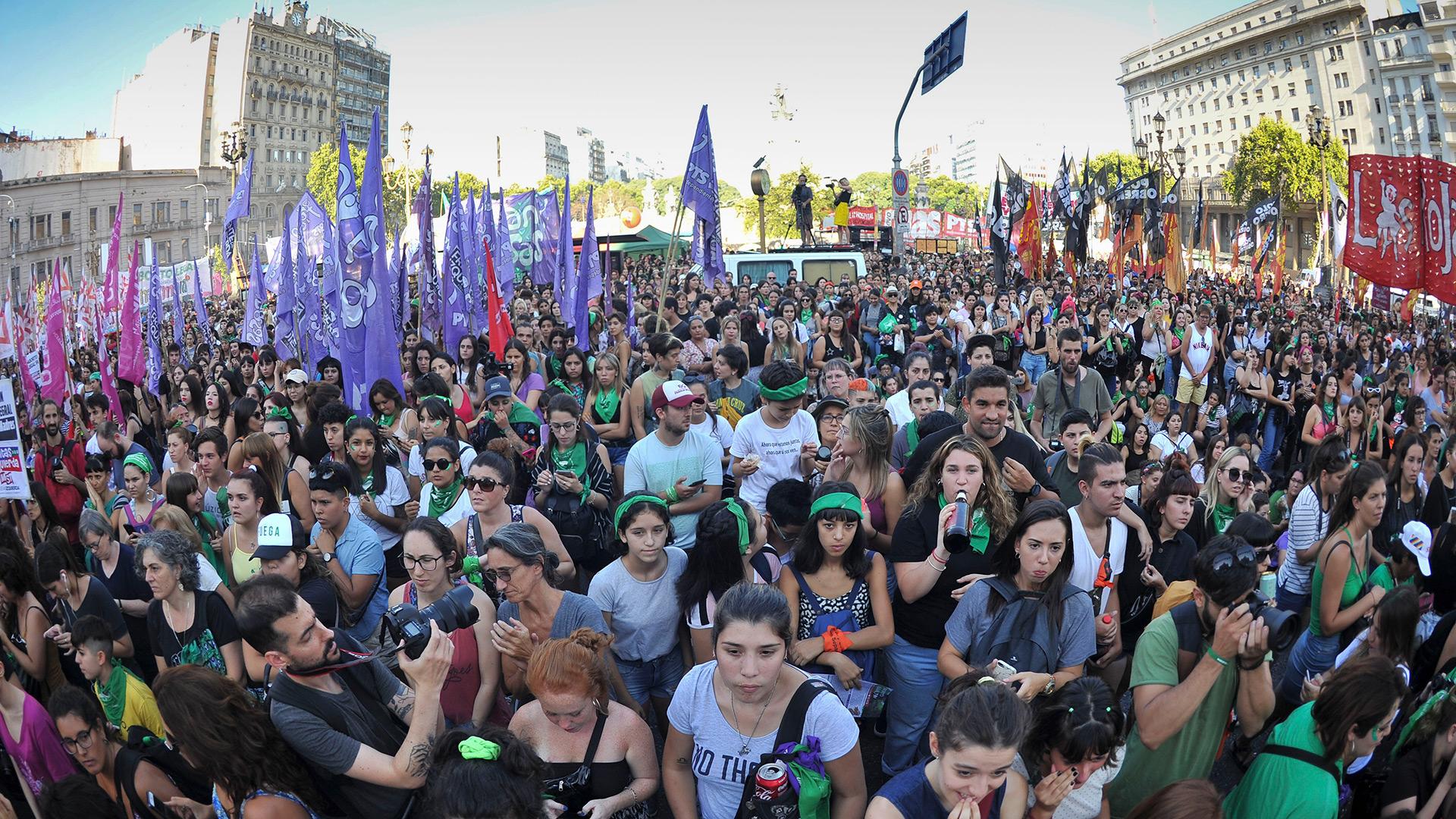 De la marcha formaron parte mujeres de todas las edades