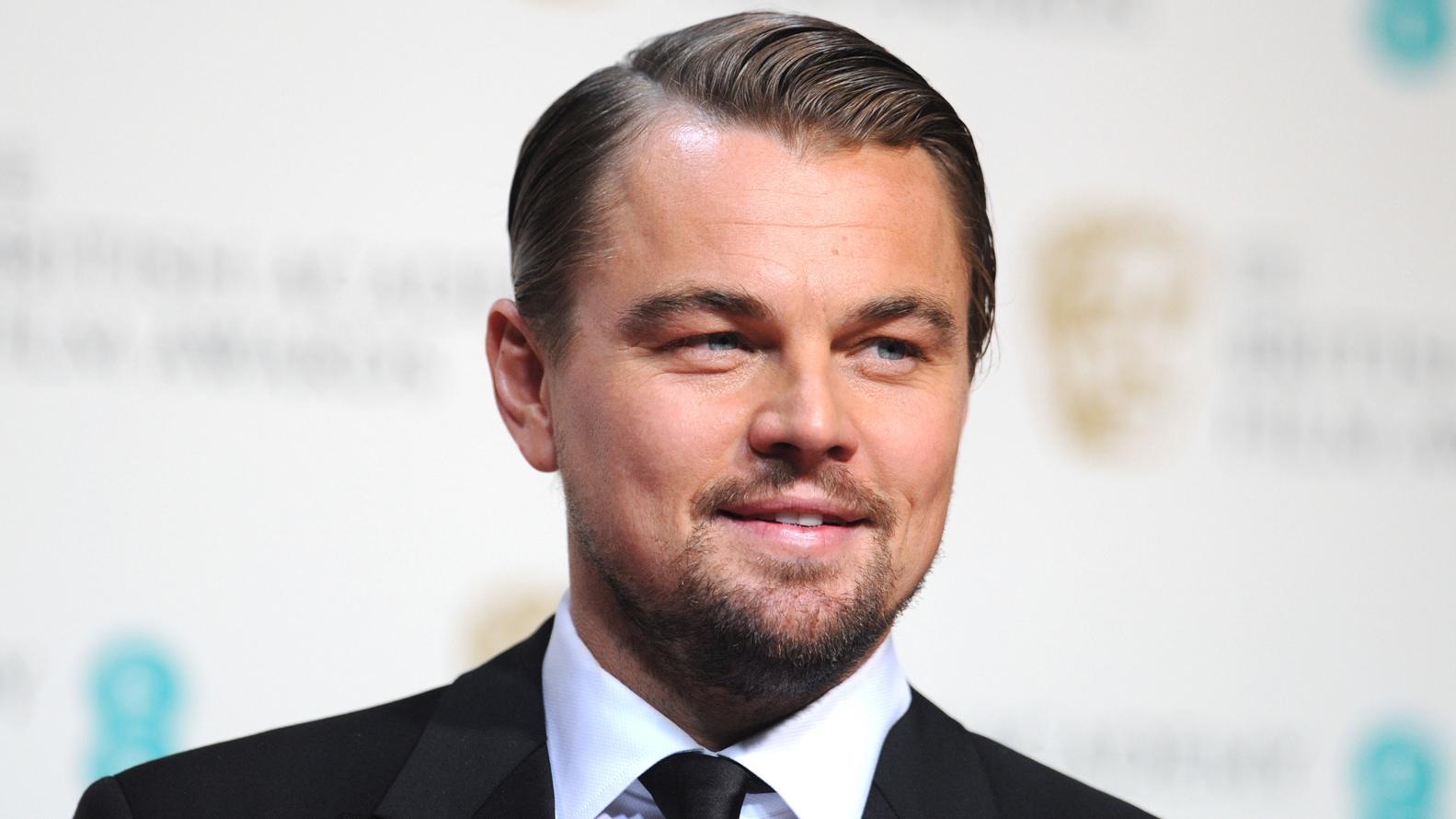 Leonardo DiCaprio alcanzó el éxito en la pantalla grande en 1992, cuando fue seleccionado por Robert De Niro entre 400 jóvenes actores para interpretar el papel principal en
