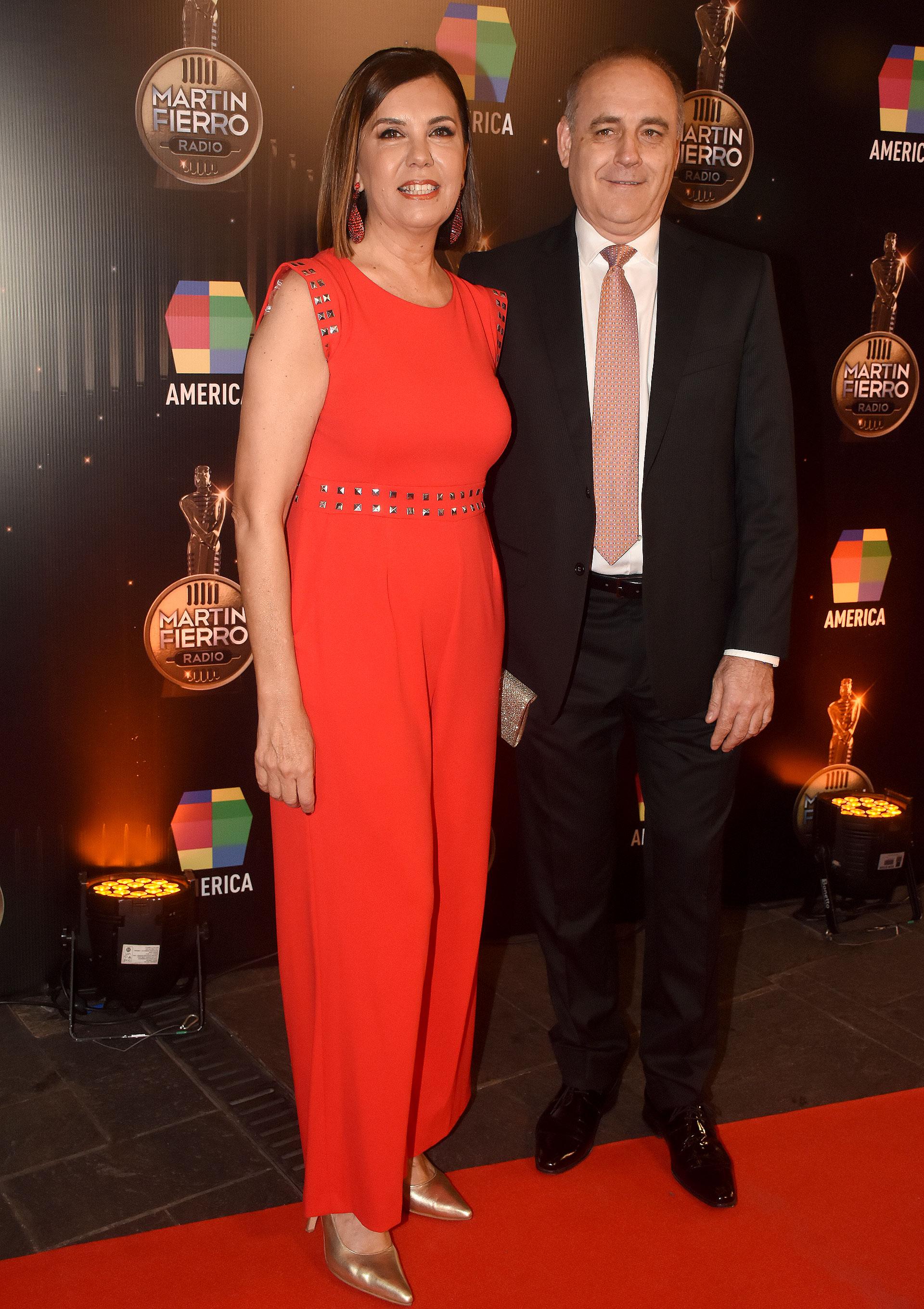 Liliana Parodi, gerenta de programación de América, y su marido, Ulises Novoa