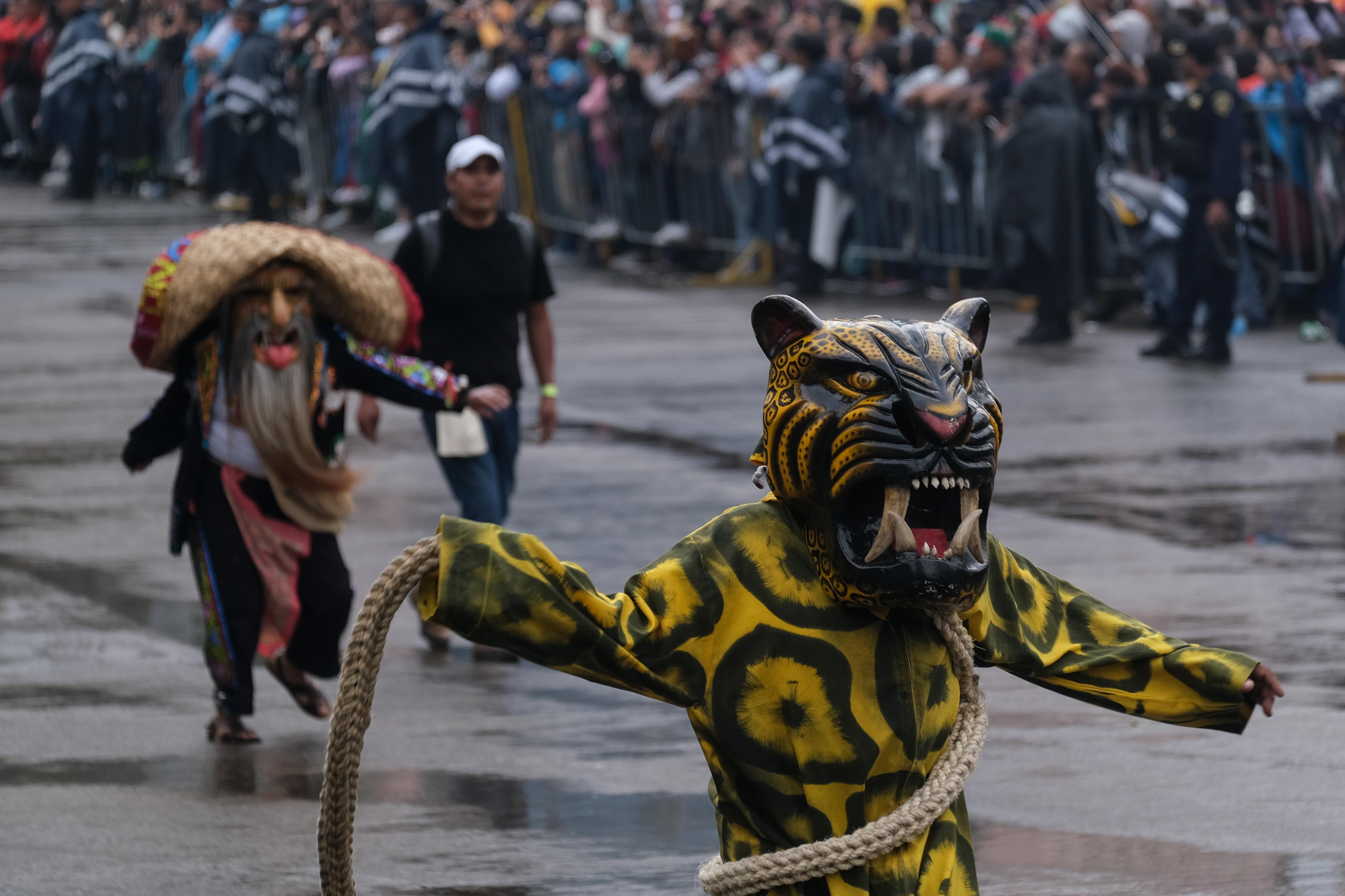 El Megadesfile finalizó en el Zócalo (Foto: Graciela López /Cuartoscuro)