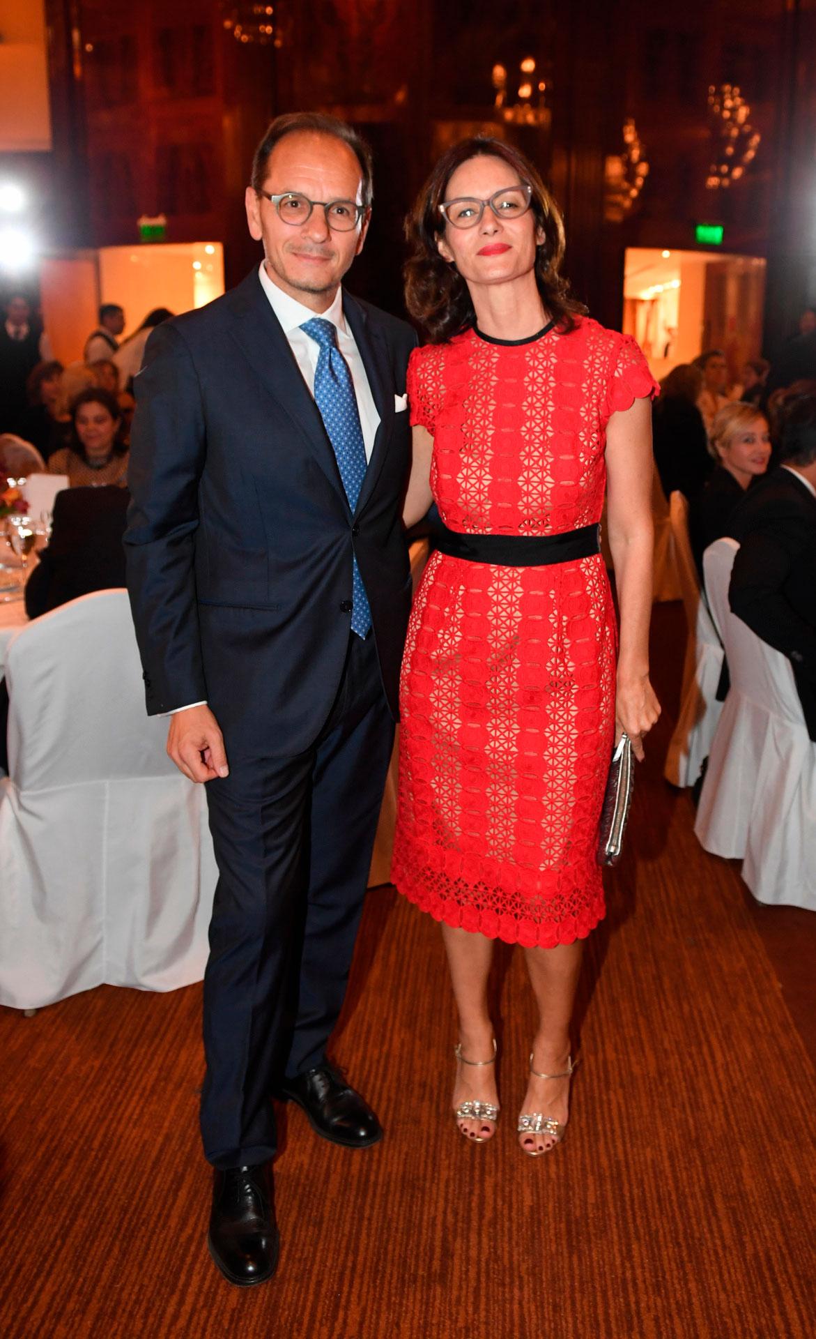 El embajador de Italia en la Argentina, Giuseppe Manzo, y su mujer Alma