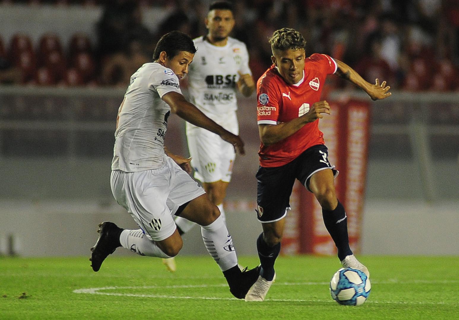 Independiente recuperó la sonrisa: goleó 3-0 a Central Córdoba de Santiago  del Estero - Infobae